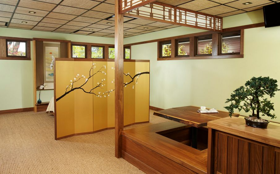 Built-in Benches Japanese Dining Table