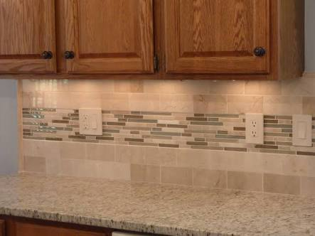 Pretty Accent Subway Backsplash