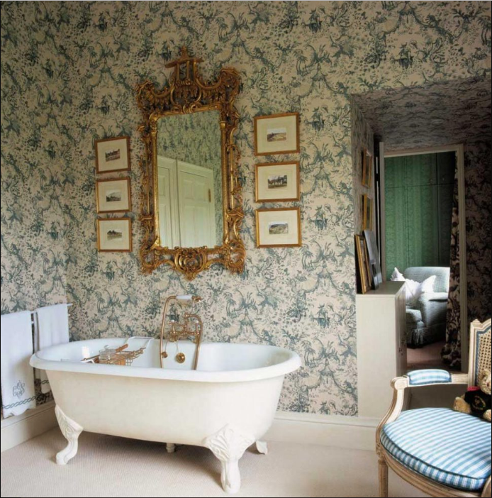 French Country Decor for Bathroom
